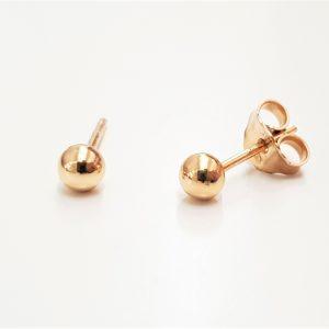 """עגילי ציפוי זהב צמודים - כדור 4 מ""""מ"""
